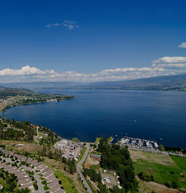 Okanagan Lake - Valhalla Helicopter Tours
