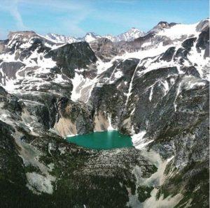 heli-tour-banff-canmore-lake